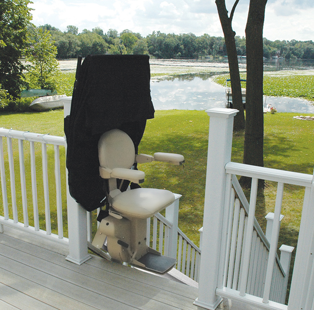 OUTDOOR Santa Ana stairlift chair curve indoor public use